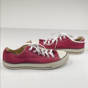Converse Chuck Taylor low rise maroon sneakers - 8
